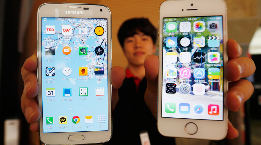 Apple, Samsung reportedly develop technology to simplify cellphone carrier switches