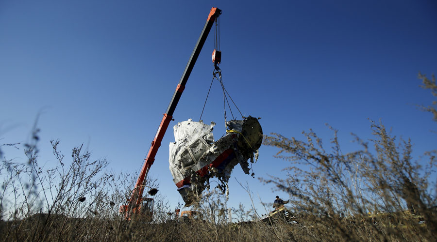 'A year without truth': MH17 relatives, independent investigators want 'facts not propaganda'