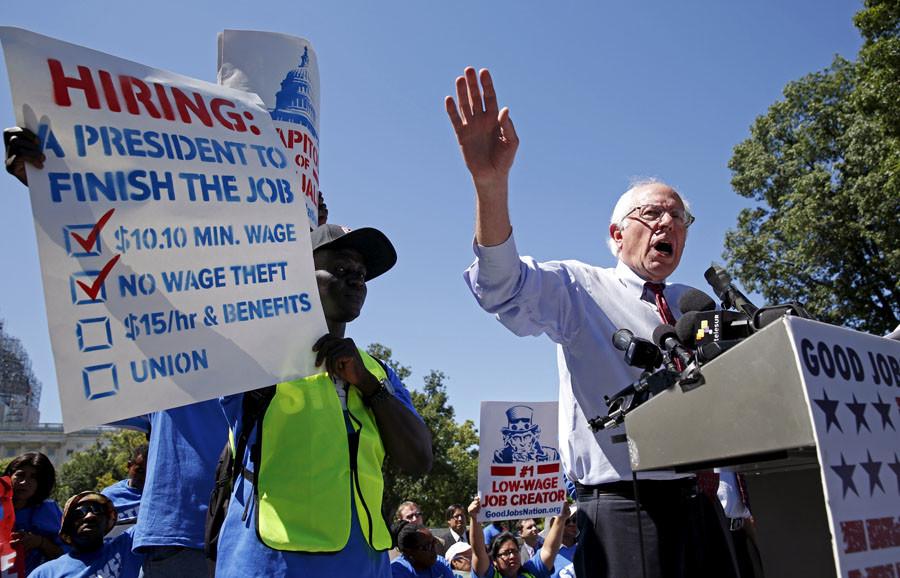 U.S. Presidential candidate Senator Bernie Sanders (I-VT)  © Kevin Lamarque