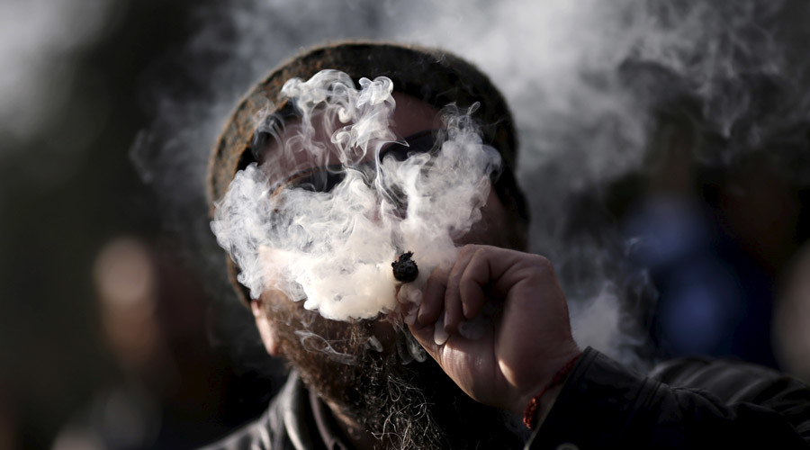Marijuana legalization petition hits enough signatures for UK parliament debate