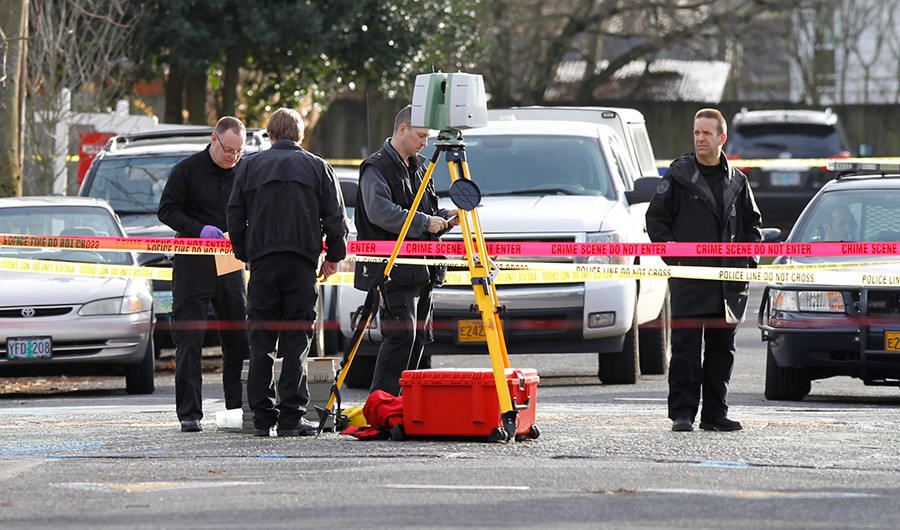 3 hospitalized after state government offices receive suspicious packages in Oregon