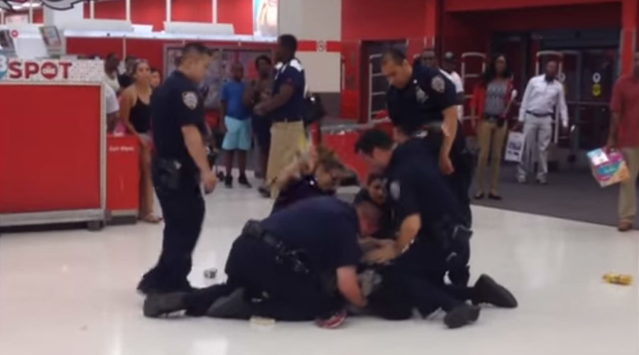 NY cops brutally punch man, pin him to floor during arrest in Brooklyn (VIDEO)