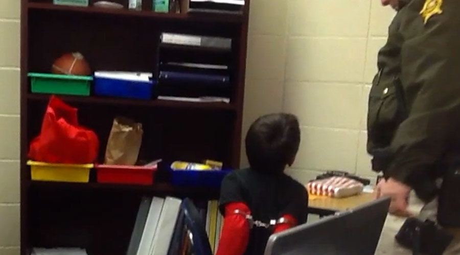 Kentucky deputy sheriff sued for handcuffing school children