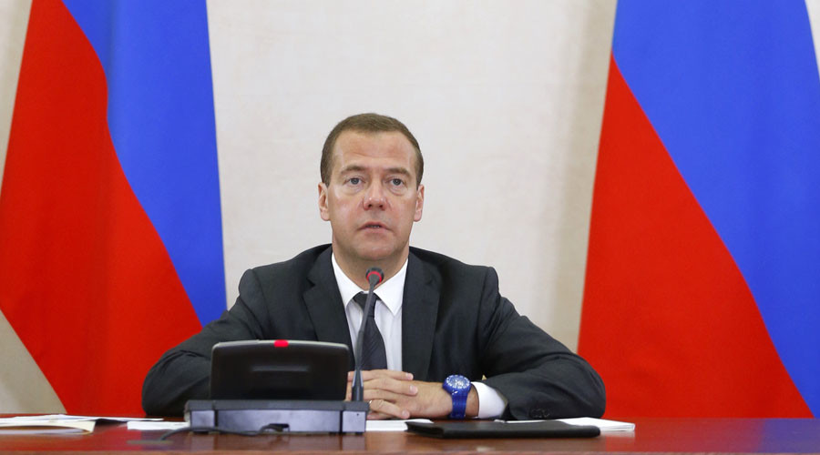PM Medvedev to personally head future govt commission on import replacement