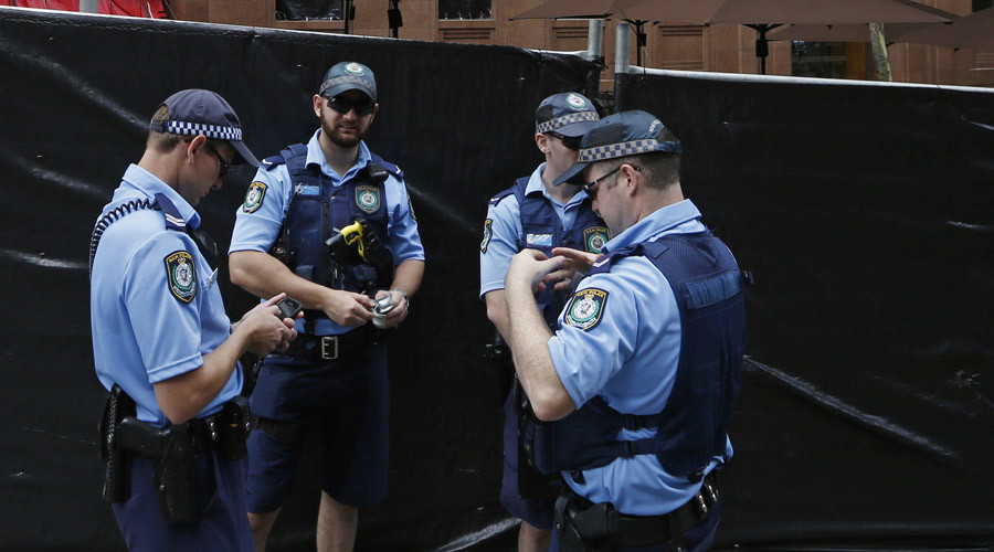 Police officers. Sydney, Australia. © Jason Reed