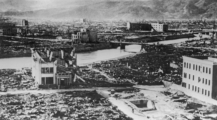 an analysis of the atomic bombing of hiroshima and nagasaki and its effects Amplifying its effects  the survivors of the hiroshima bombing are now referred to as hibakusha  atomic bombings of hiroshima and nagasaki.