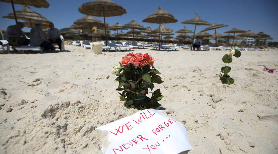 Flowers are laid at the beachside of the Imperial Marhaba resort, which was attacked by a gunman in Sousse, Tunisia, June 28, 2015. © Zohra Bensemra