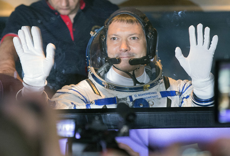 Roskosmos cosmonaut Oleg Kononenko of Russia, a member of the main crew of the ISS 44/45 expedition aboard the manned cargo spaceship Soyuz TMA-17M, prior to the launch at Baikonur Cosmodrome. © Vitaliy Belousov