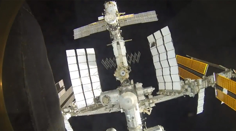 Best Soyuz-ISS docking clip you'll see today! (VIDEO)