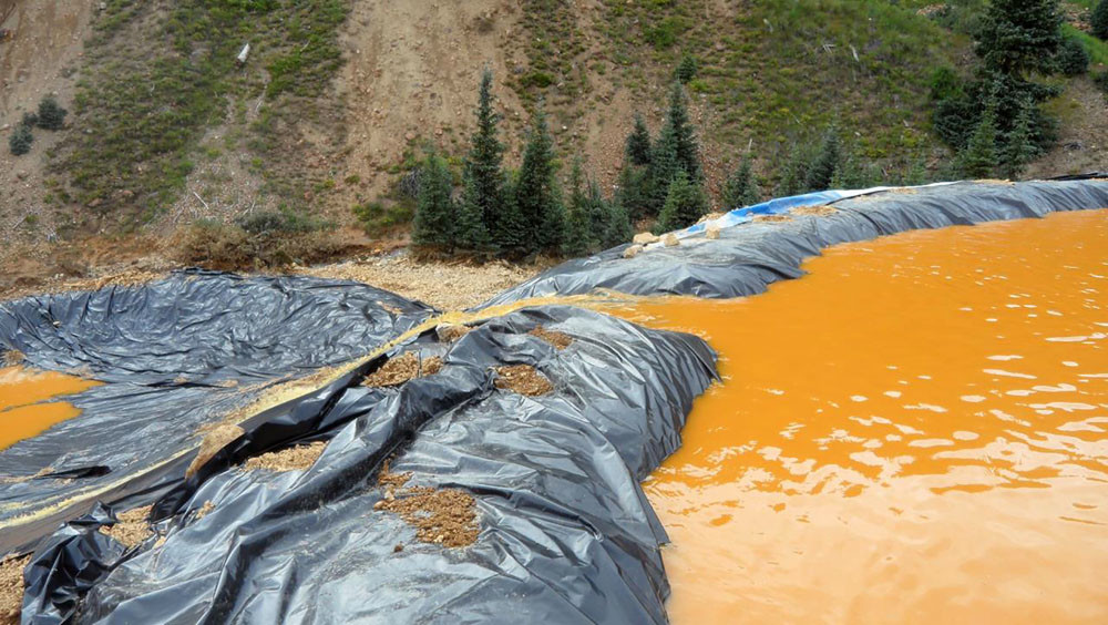 Toxic Spill Turns River In Colorado Yellow Rt In Vision