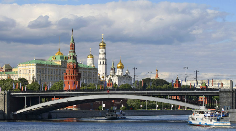 Russia in recession on back of cheap oil, sanctions
