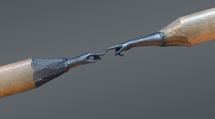 Bosnian sculptor transforms tips of pencils into unique artworks (PHOTOS)