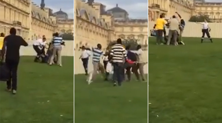 Black street vendors beat up Paris police who try to confiscate mini Eiffel towers (VIDEO)