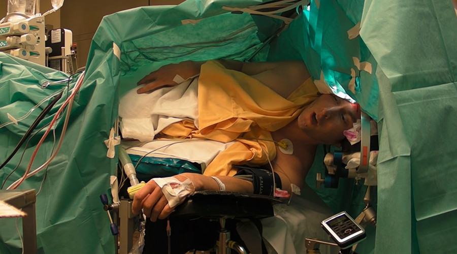 tenor performs schubert during brain tumor surgery video