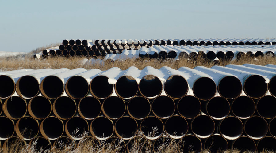 A depot used to store pipes for Transcanada Corp's planned Keystone XL oil pipeline is seen in Gascoyne, North Dakota © Andrew Cullen
