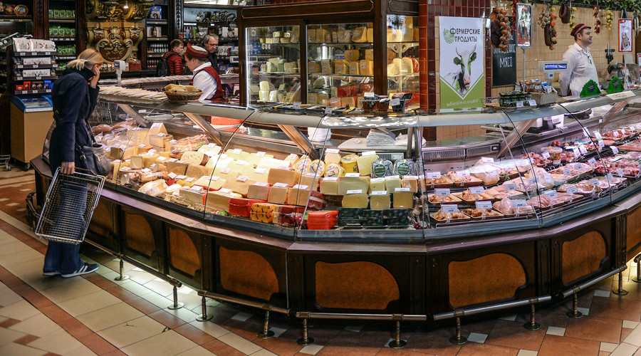 Russia extends food embargo to 5 countries: Albania, Montenegro, Iceland, Liechtenstein & Ukraine