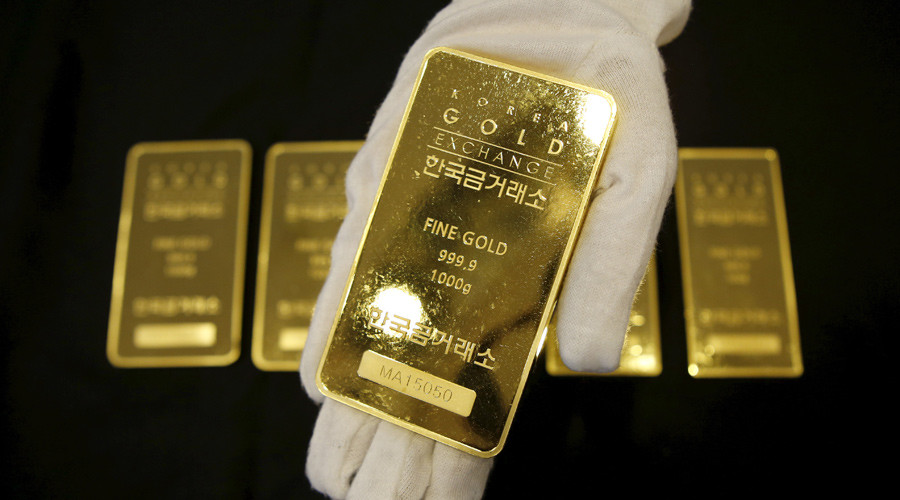Global gold demand plunges to 6-year low