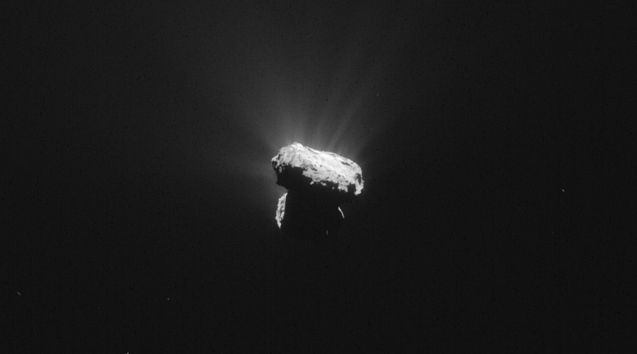 Comet at perihelion © ESA / Rosetta / NAVCAM – CC BY-SA IGO 3.0
