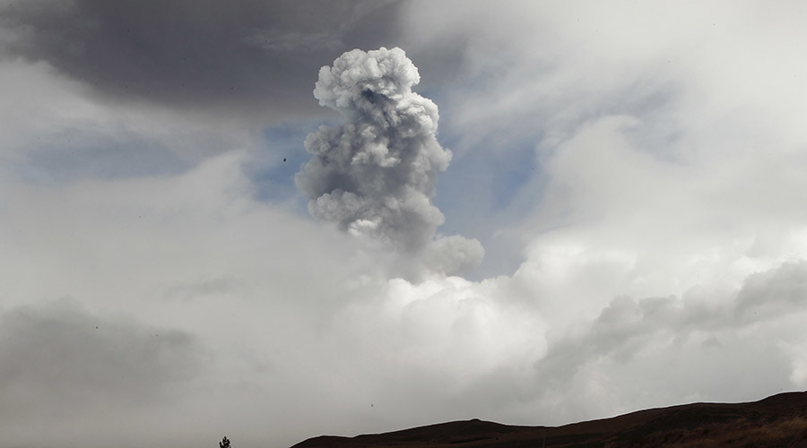 State of emergency as Ecuador's volcano belches out huge column of ash