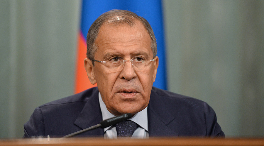 Lavrov: Poroshenko pushes 'Russian aggression against Europe' barrow as smokescreen