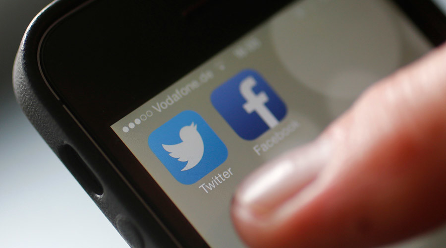 Twitter helping politicians delete tweets - 'blow against transparency'