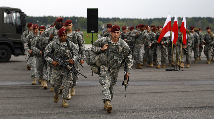 Soldiers from the first company-sized contingent of about 150 U.S. paratroopers from the U.S. Army's 173rd Infantry Brigade Combat Team in Swidwin, northern west Poland April 23, 2014. © Kacper Pempel