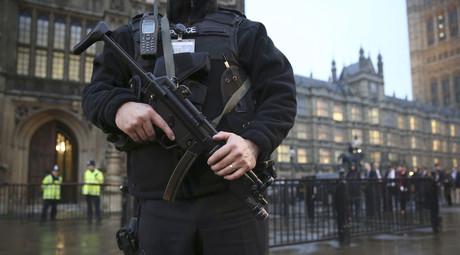 'Iran is Great' peace stunt mistaken for terror threat