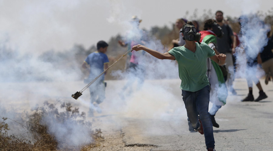 'Zero tolerance to terror': Israeli PM considers allowing police to shoot stone-throwers