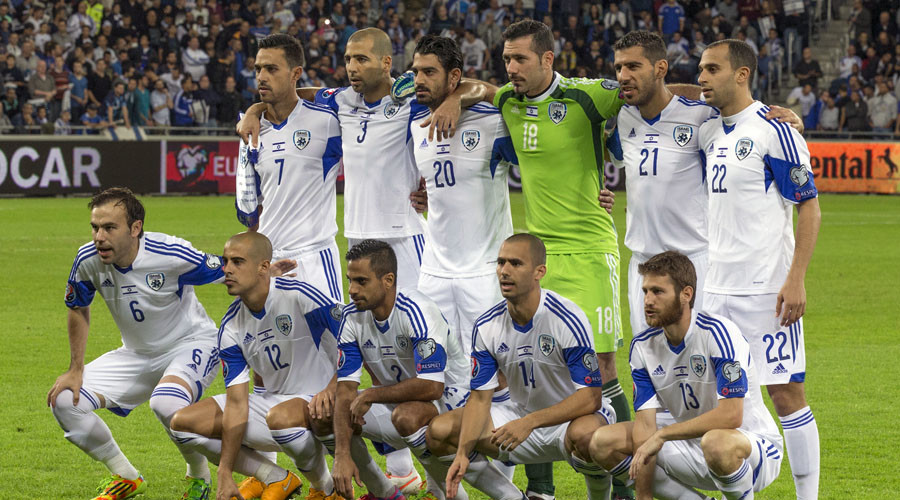 Israel's national soccer team players. © Jack Guez