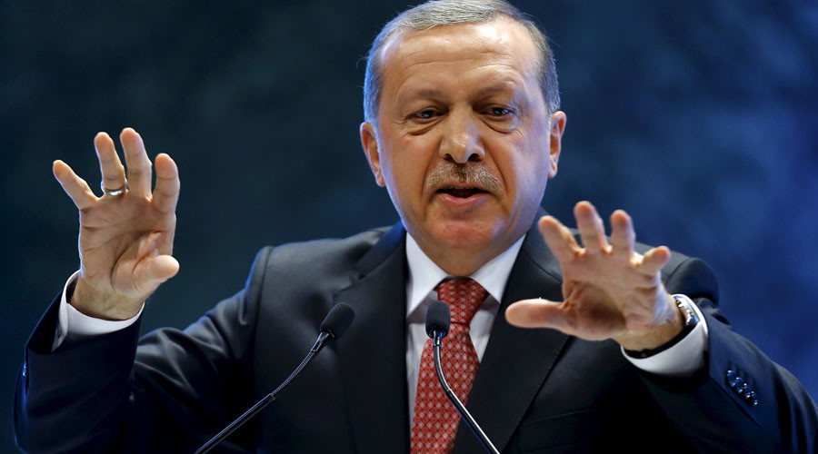 Erdogan says West only interested in oil in Iraq & Libya, slams refugee crisis response