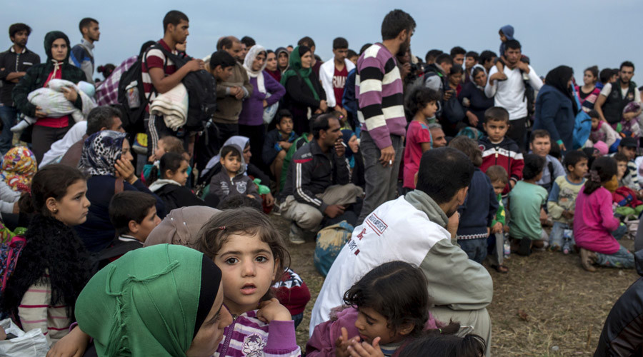 Thousands of refugees reach Germany after Hungary & Austria surrender to exodus