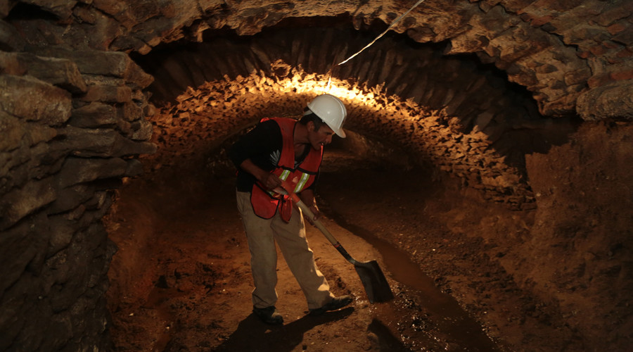 A member of Puebla's city hall works in one of the tunnels discovered under the city on September 03, 2015 in Puebla, Mexico. © Jose Castanares