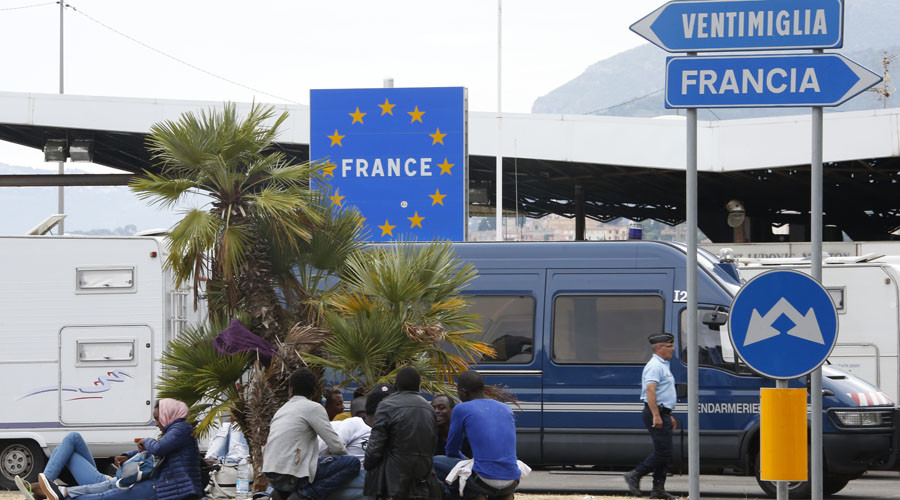 Free-travel Schengen Europe could be thing of the past, EU leaders warn
