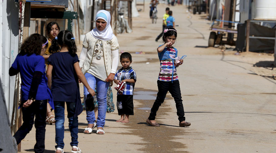 US mulls taking more Syrian refugees, as complaints over lax response to crisis mount