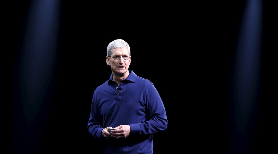 Apple CEO Tim Cook © Robert Galbraith