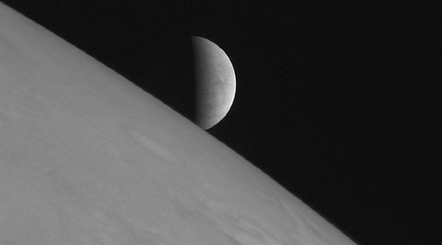 NASA plans to land on Jupiter's moon Europa and look for life