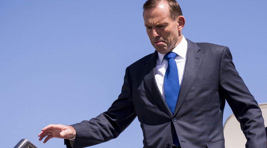 Shirtfront! Trolls urge Aussie PM Tony Abbott to go 'straight outta office' as ex-leader challenges