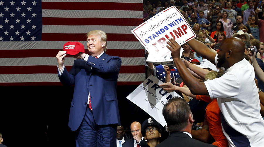 Dump Trump: Major Latino group protests GOP frontrunner, clashes with supporters