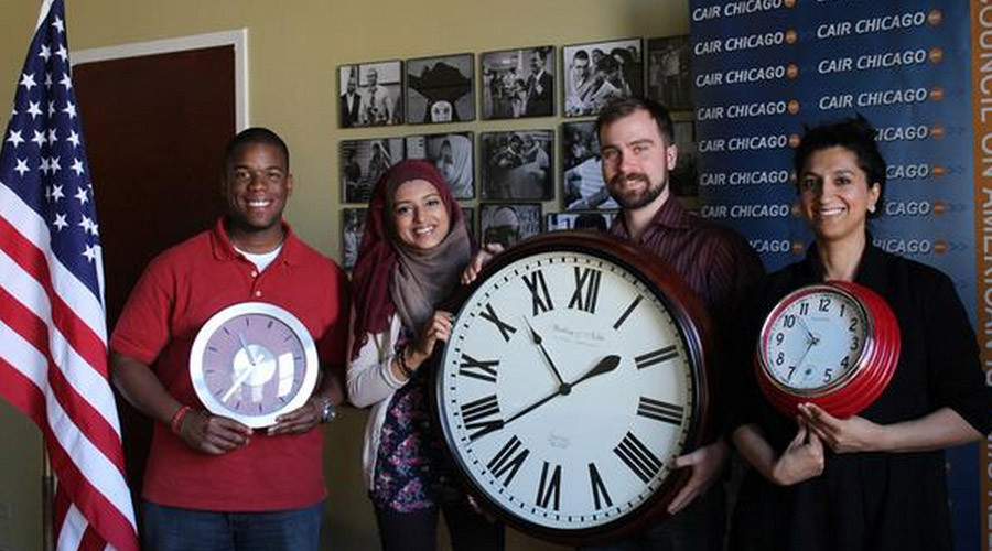 #IstandwithAhmed breaks internet: Millions on clock watch for 9th grader detained for device