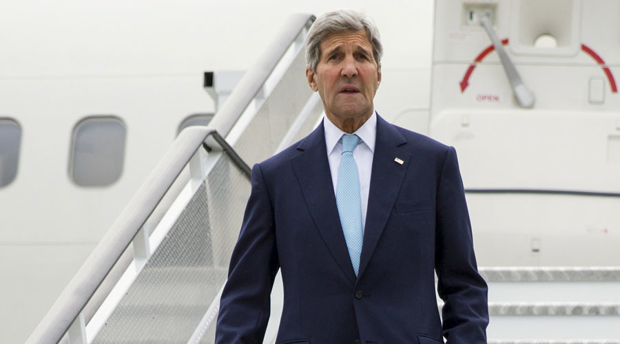 Kerry visits UK for talks on Syria, refugee crisis
