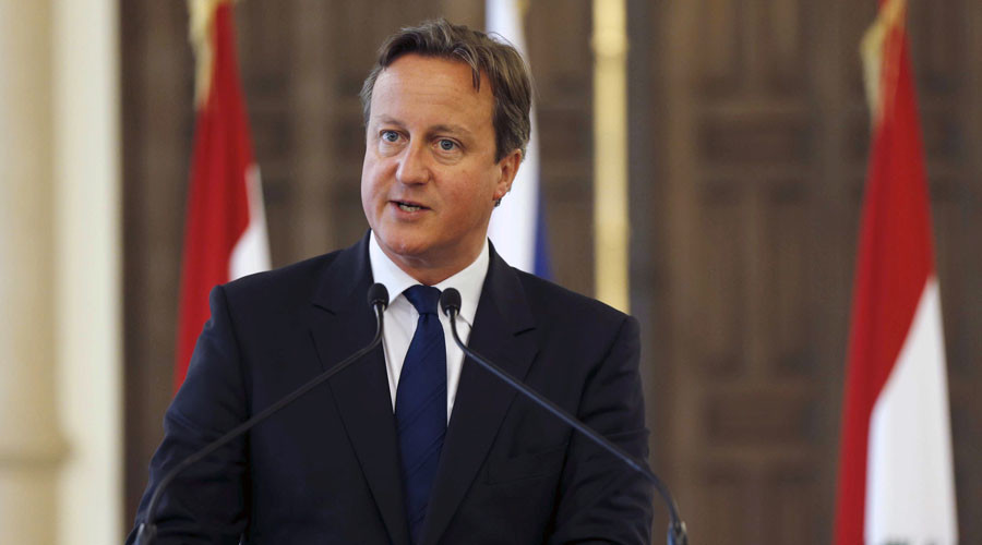 British Prime Minister David Cameron talks at a news conference during his visit at the government palace in downtown Beirut, Lebanon September 14, 2015. © Mohamed Azakir
