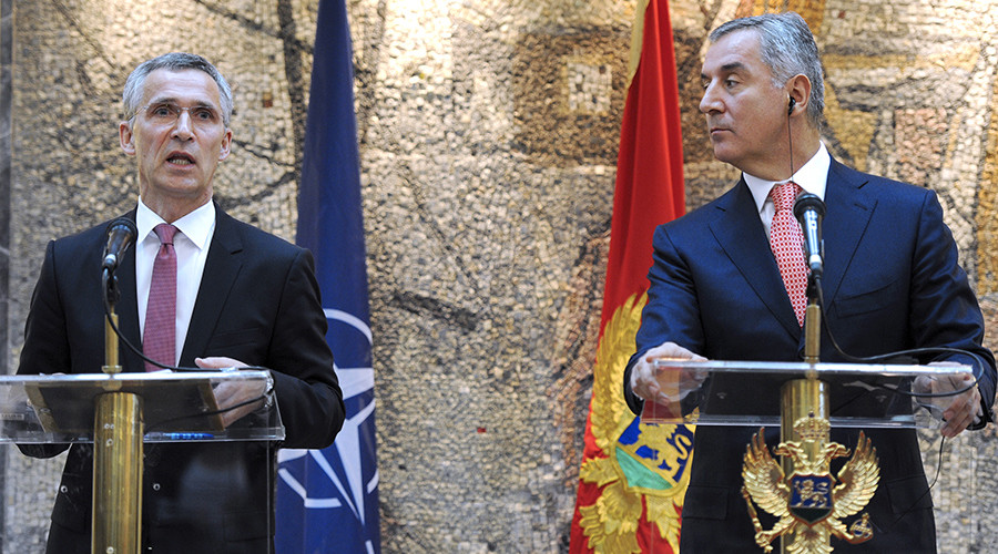 NATO general secretary Jans Soltenber (L) talks during a joint press conference with Montenegrin Prime Minister Milo Djukanovic (R) during their meeting in Podgorica © Savo Prelevic
