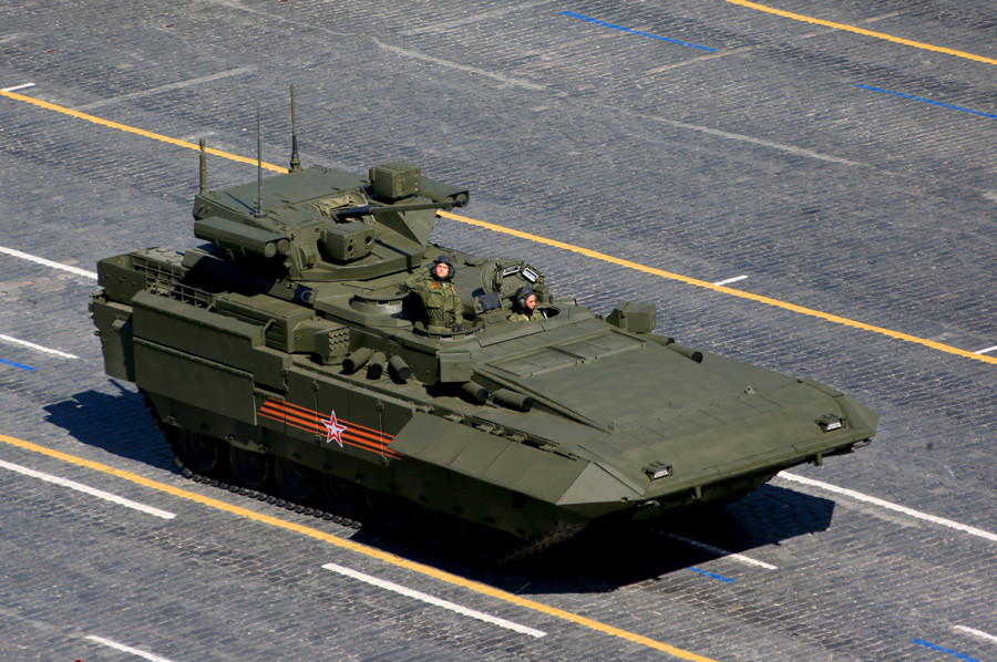 An infantry fighting vehicle with the Armata Universal Combat Platform © Anton Denisov