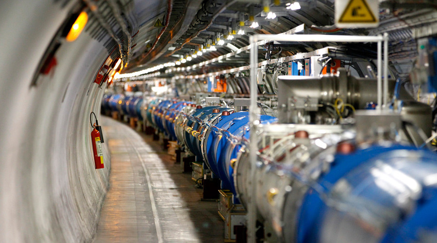 A general view of the Large Hadron Collider © Pierre Albouy