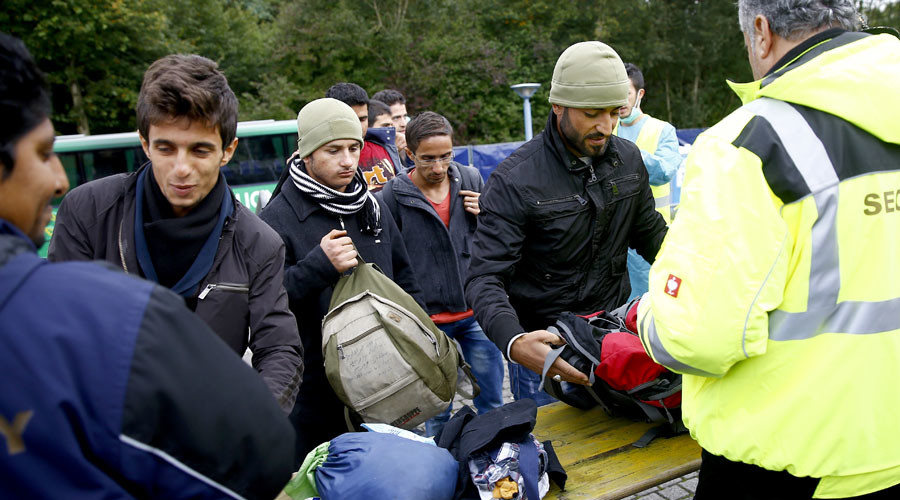 Islamist recruiters target asylum seekers, German intelligence says