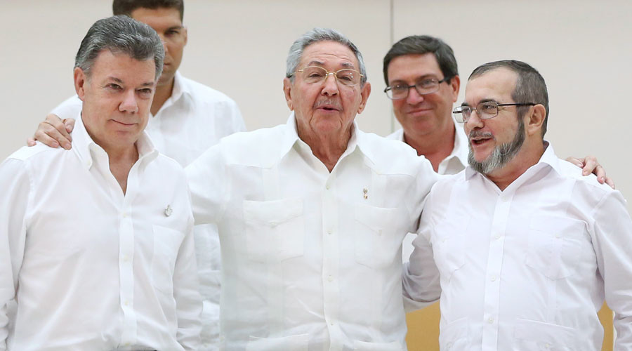 'We won't fail': Colombian President & FARC rebels agree to end decades-long war in 6 months