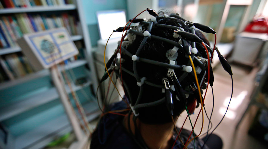 Paralyzed man walks in 1st-ever proof direct brain control possible