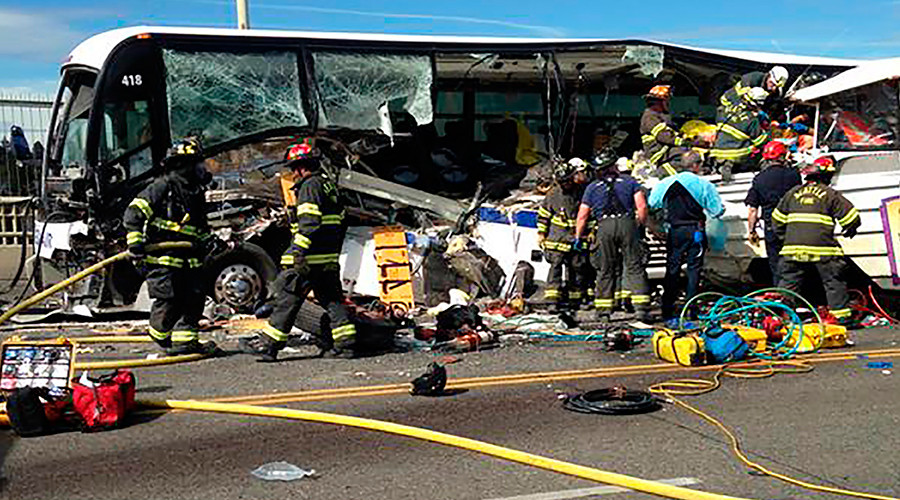 4 dead, 12 critical injuries after duck boat, tour bus crash in Seattle