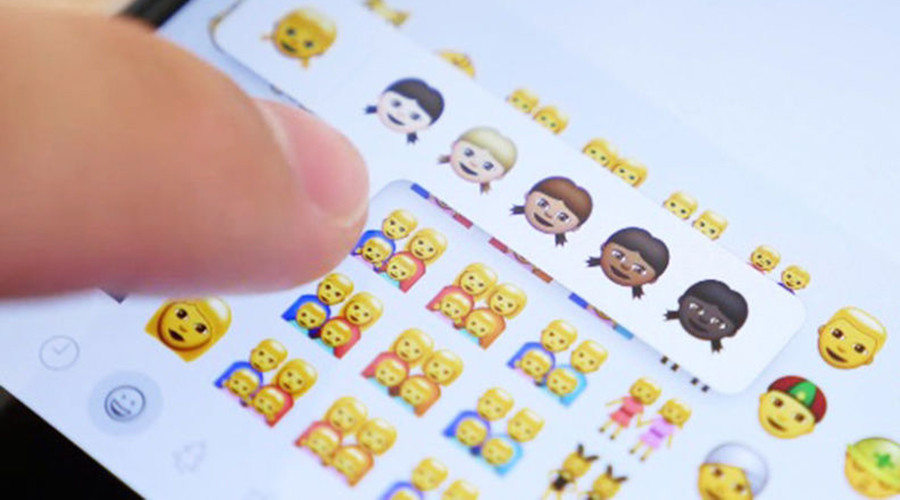 Gay Apple Emojis Investigated In Russia: Apple Under Probe In Russia Over Same-sex Emojis