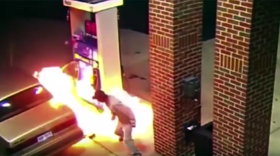 Man sets gas station on fire after trying to kill spider with lighter (VIDEO)
